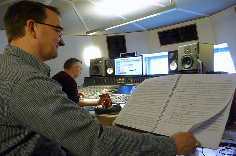 Soundtechniker Roland Häring und Matthias Lange im Streetlife Studio